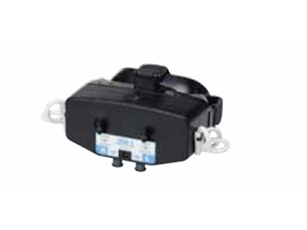 画像:赤外線カメラ眼球運動検査機器介